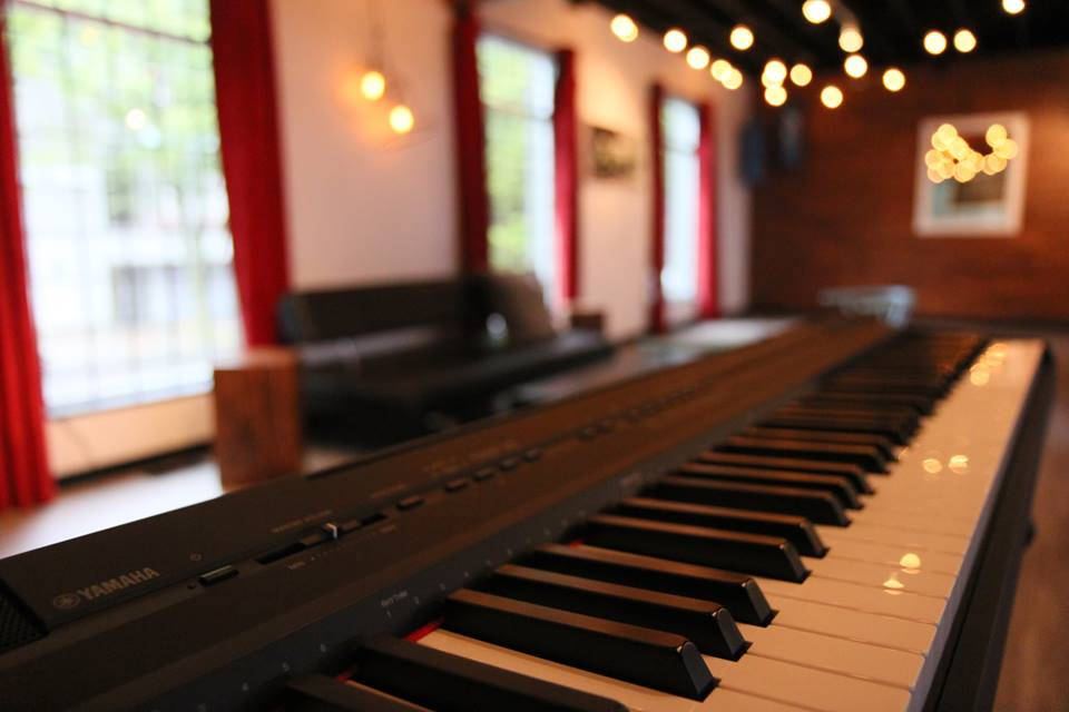 Yamaha P105 - Soundhouse Studios - Vancouver's Premier Rehearsal Studio